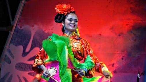 Malaysian Dancing 1