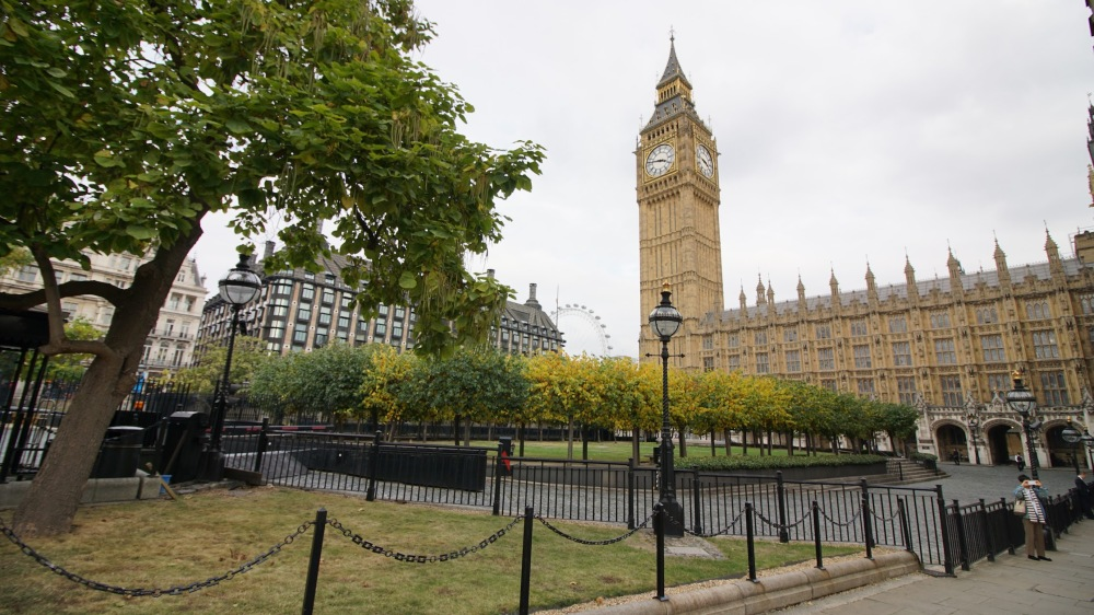 houses-of-parliament-02