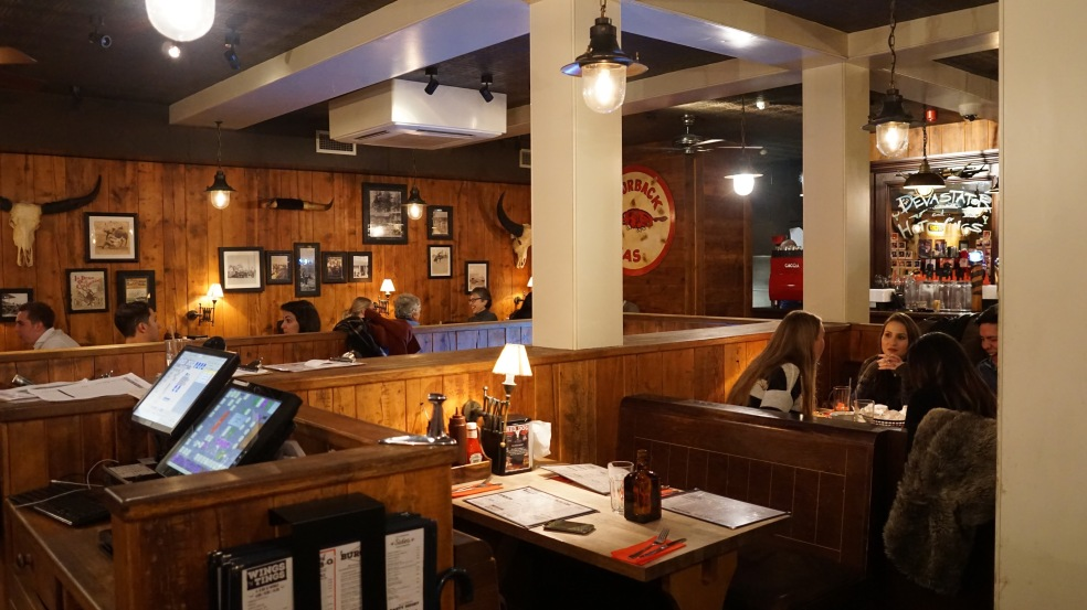 Red Dog Saloon (4)