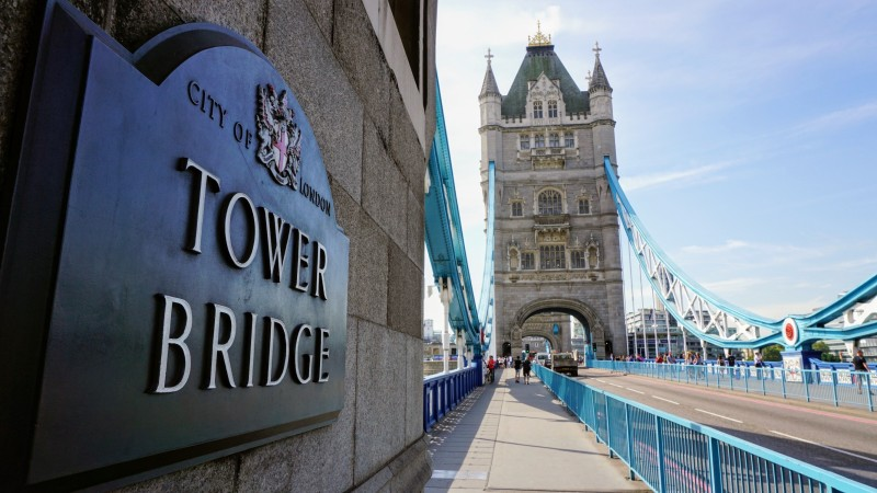 Tower Bridge (01)