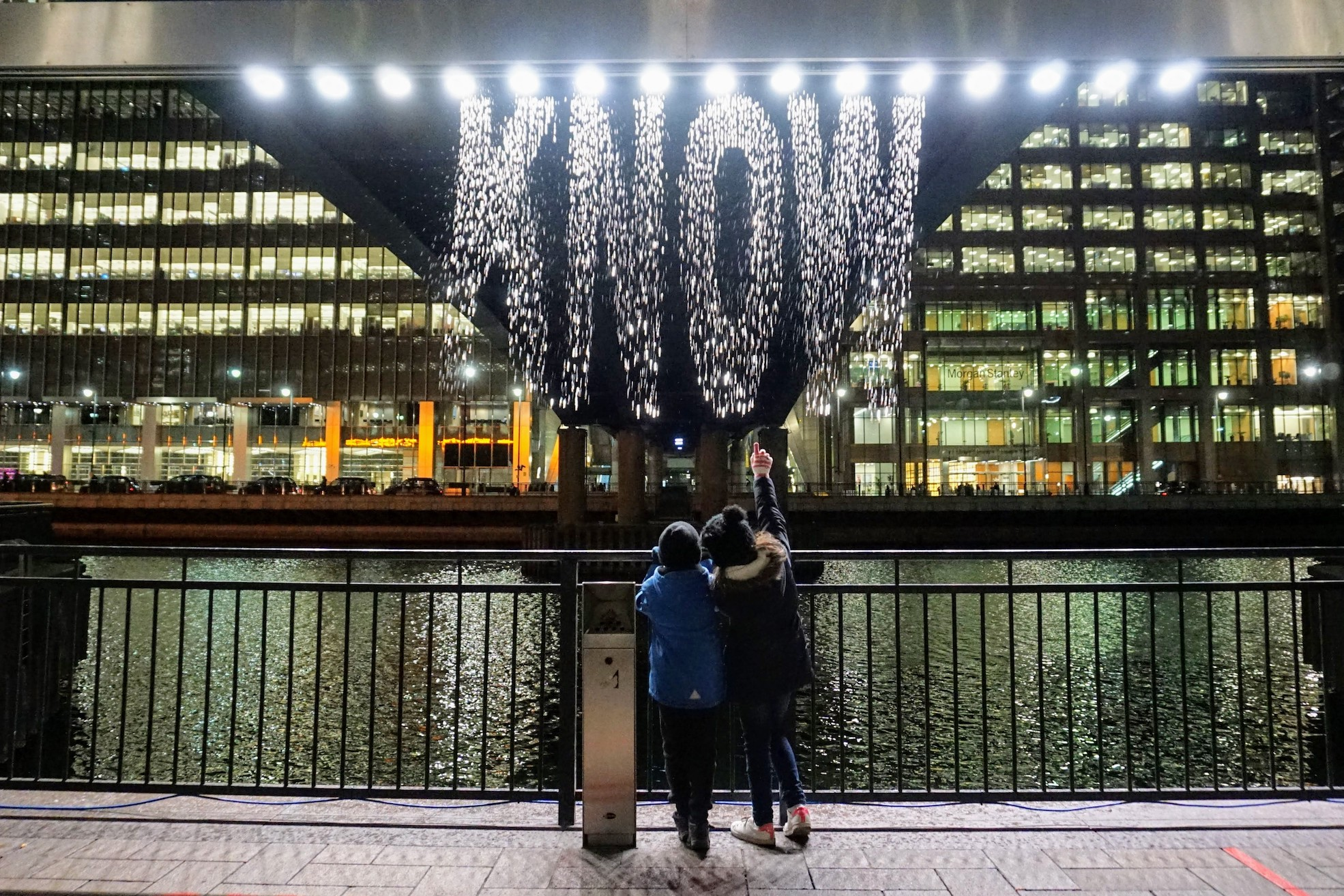 winter-lights-canary-wharf-2018-10