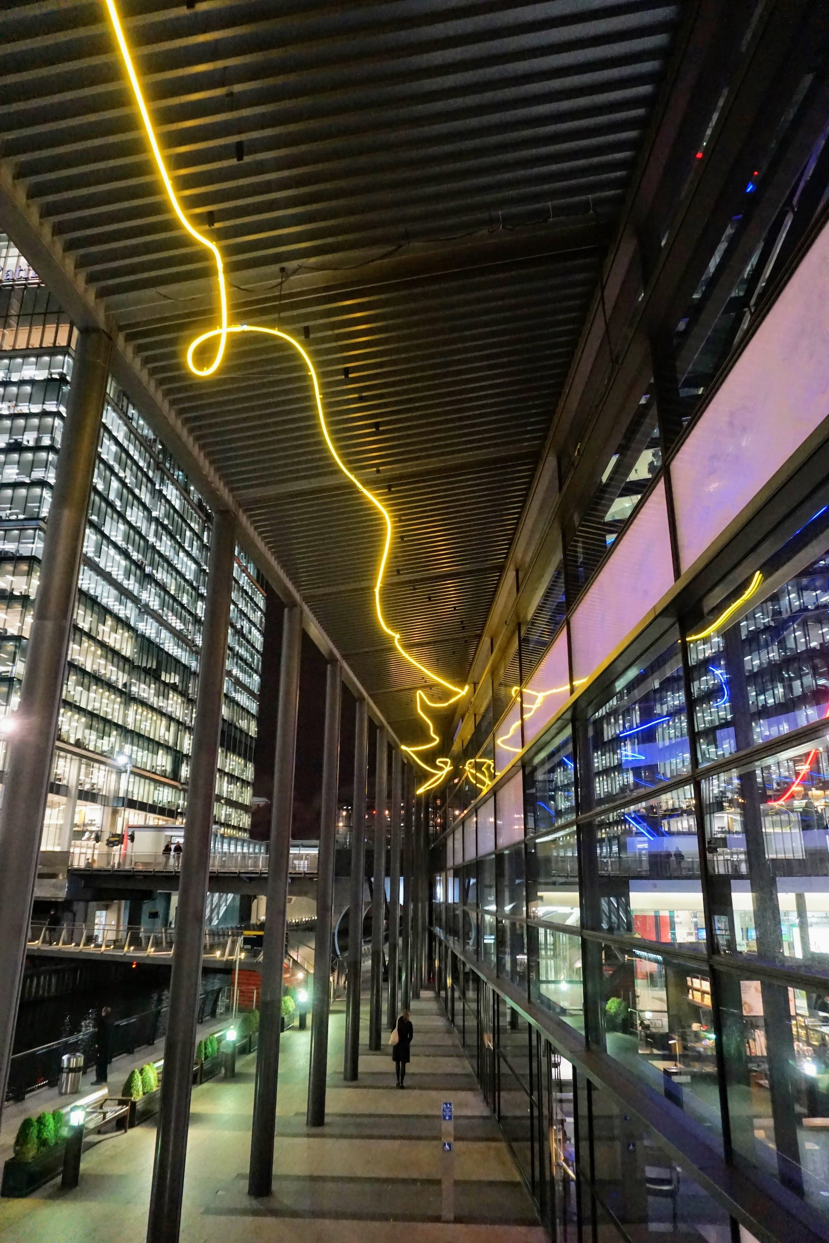 winter-lights-canary-wharf-2018-24